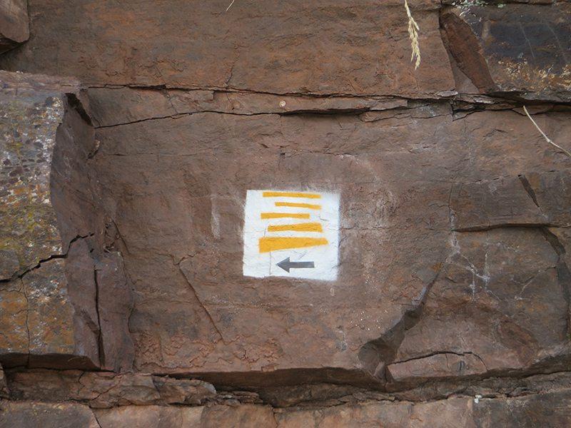 Moselsteig, Markierung, Felsen, Malerei
